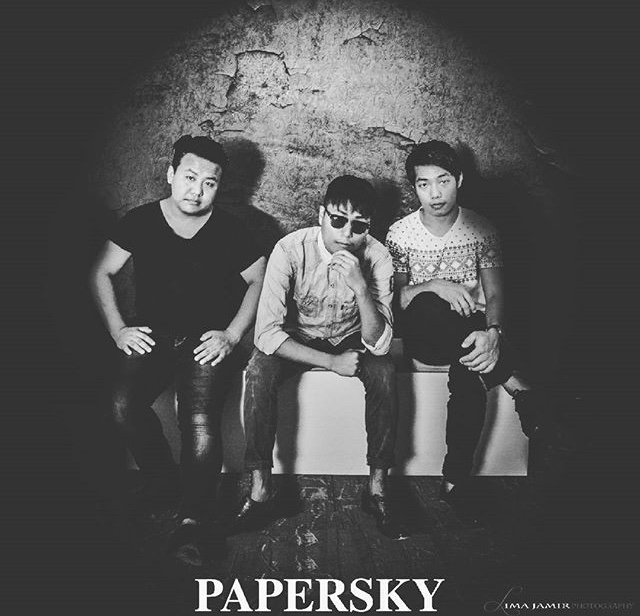 rootsandleisure_papersky